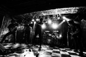 NUMBER GIRL、オリジナル・メンバーで再結成後の注目ライブ!