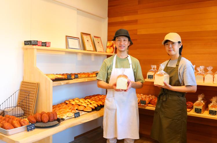 店主・西田武彦さんと奥様・朋美さん