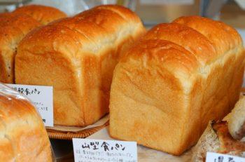 県産小麦と自家製天然酵母を用いた、生地のおいしさを楽しめるパン|新潟市江南区