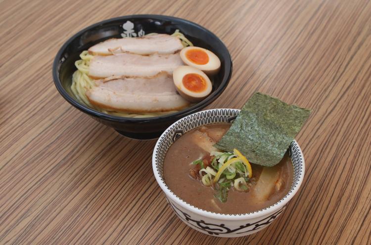 味玉つけ麺 880円