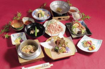 【三条市】旬の料理と釜飯が味わえる名店が三条にも登場!