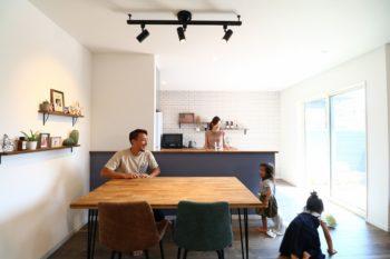新潟の子育て家族のお宅を訪問!子どもと楽しく暮らす家作りのヒント教えます。