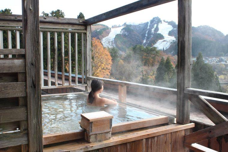 ロイヤル胎内パークホテルの温泉でアフタースキーを満喫