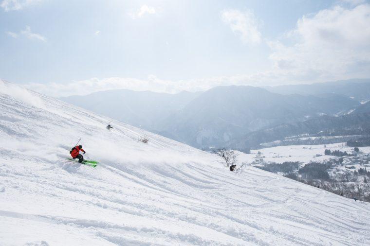 パウダーコースも充実! 白馬乗鞍(のりくら)温泉スキー場