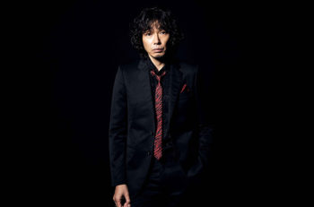 斉藤和義、アルバム『202020』を引っ提げてライブツアー