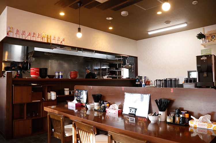 太威2号店の店名は「麺家太威 in SHIBATA」です