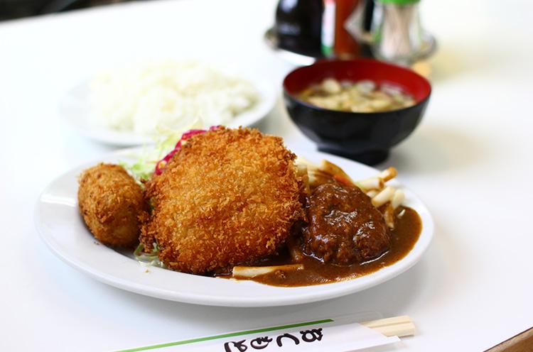 『昼定食』(680円)は3品のメニューが日替わりで登場