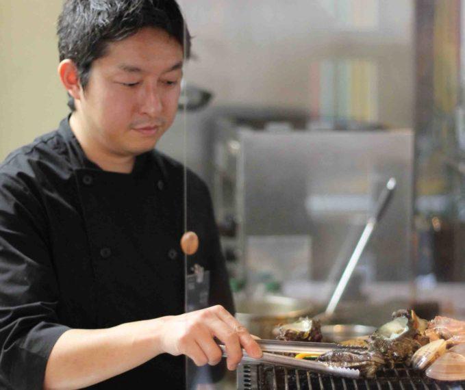 店主・長吉さんが創る魅惑の料理は食ツウをも唸らす!!
