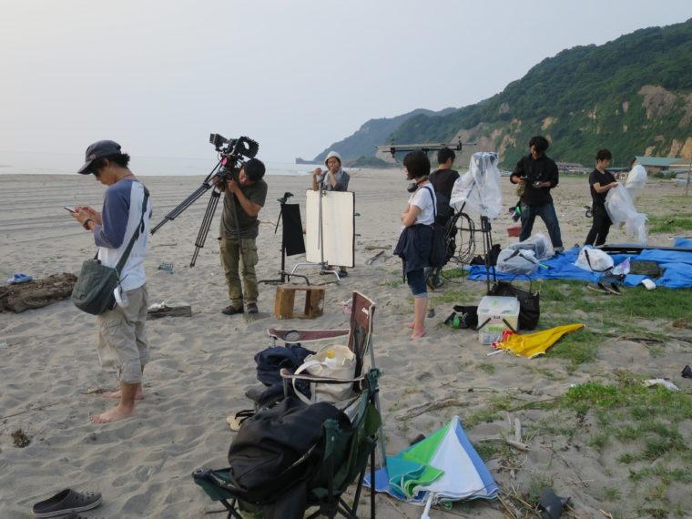野積海岸での撮影風景