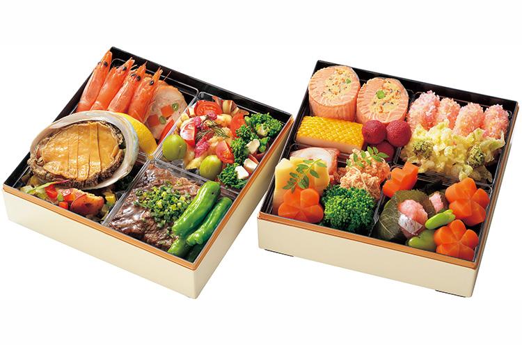 洋食・和食、春のおいしさがギュッと詰まった『花日和 春の二段重』(4人前・11,000円税込)も人気。配達可能商品で、ホテルでの引き取りなら1,000円引きで10,000円(税込)に