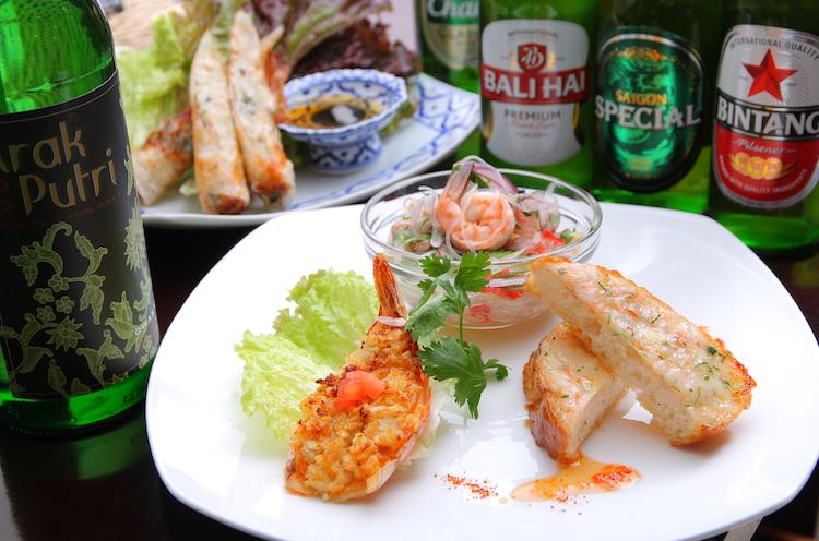 アジアンビールをはじめ、ワイン・日本酒など…。アルコールはもちろんノンアルも含めドリンクは実に多彩