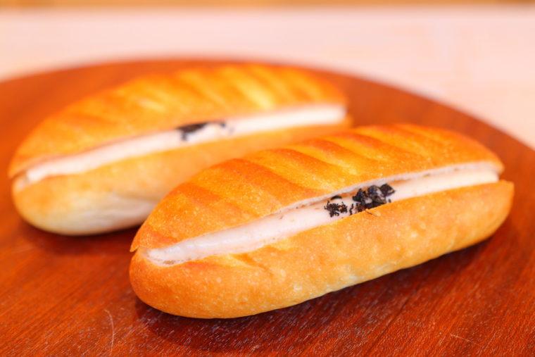 亀田産の梅のジャムやドレッシングを使ったパンもおすすめ