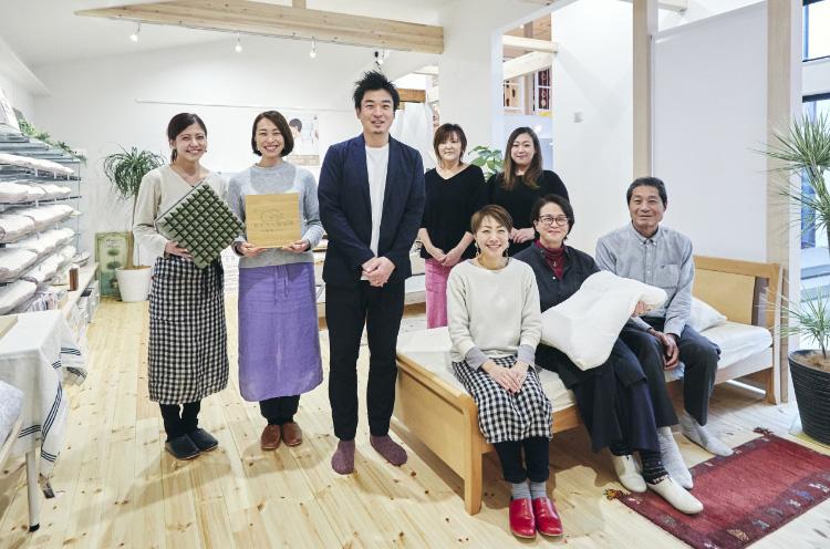 Watakyuには幅広い年齢層のスタッフが揃う。