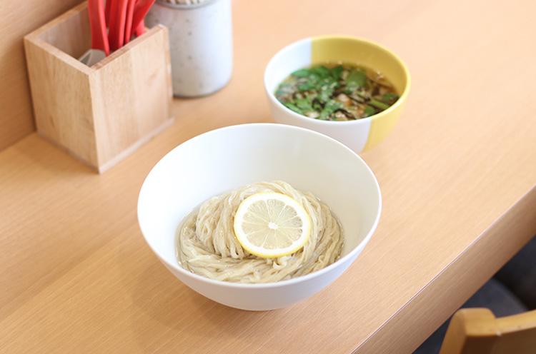 『つけ麺』850円税込)