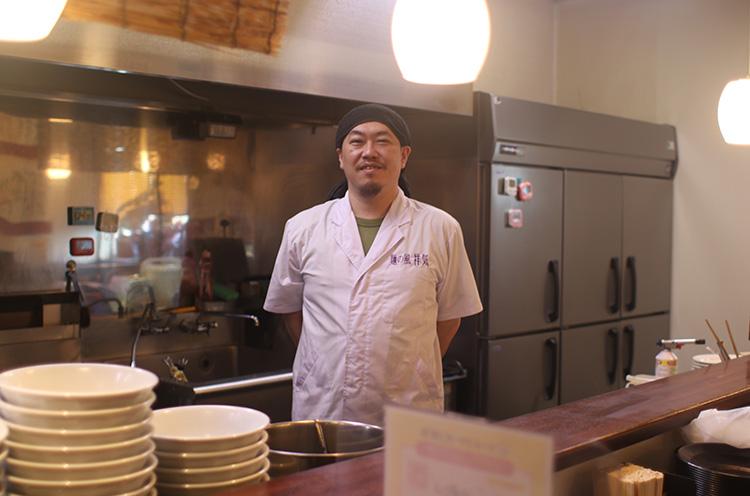 横山元気店長。ちなみに店名は、祖父と自分の名前から一字ずつ取ったんだて