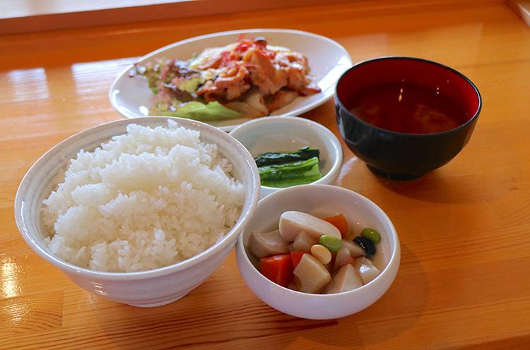 『越後もちぶた生姜焼き定食』(980円税込