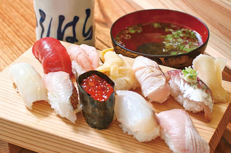 『地魚10貫にぎり』握り寿司(2,750円)/ 提供店:いしはら寿司(新潟県佐渡市)