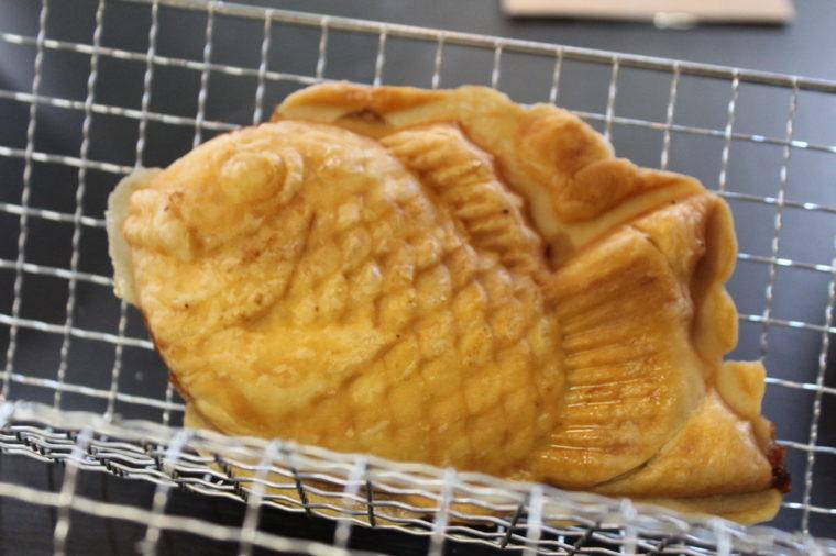 『クロワッサン鯛焼き』(230円税込)