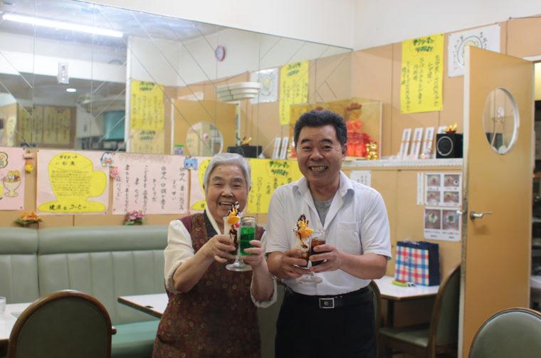 店長・大原さんと母・加代子さんの温かいお人柄もまた訪れたくなる理由のひとつ