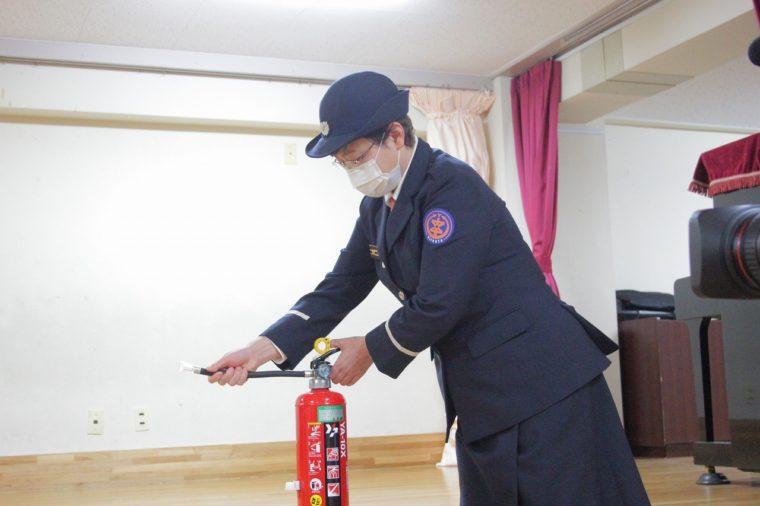 消火器の設置や使用方法も説明します