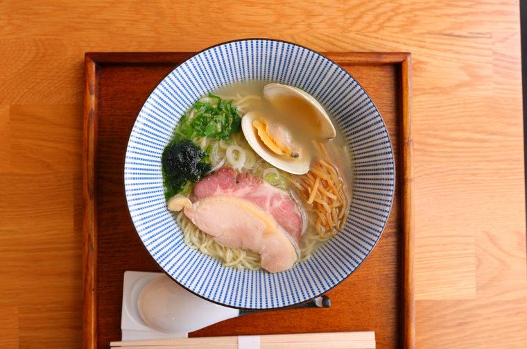 『貝塩ラーメン』850円(税込)