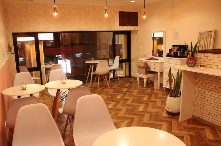 2Fのカフェでは、パーソナルファッションコンサル診断(5,500円税抜)もしてくれる