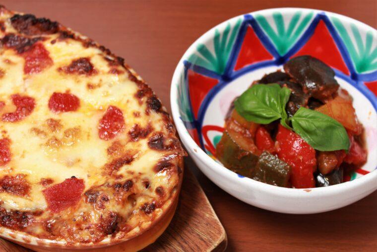 ラザニアなどさまざまなイタリア料理が楽しめる