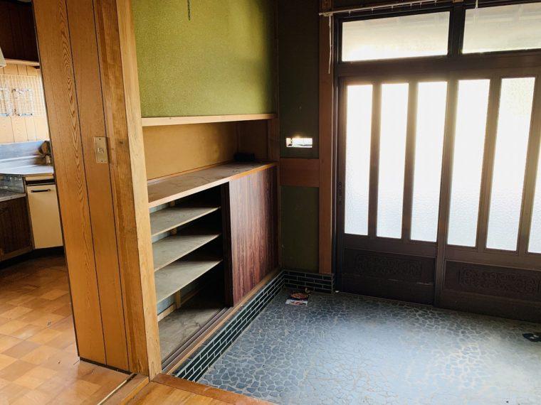 さっき大澤が入った玄関はこんな感じでした