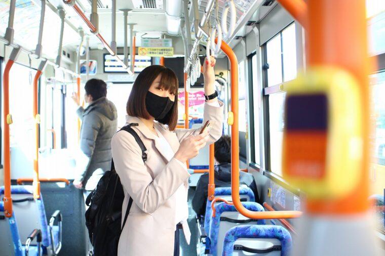 編集部の大澤がバス通勤します! 仕事とバス通勤の相性はいかに?