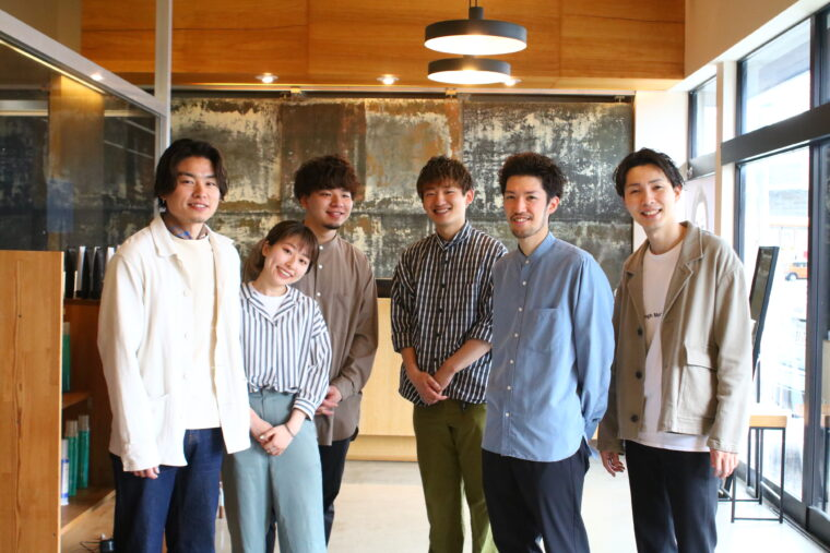 左から勝木さん、りささん、渡邊さん、健輔さん、榎本さん、新井さん