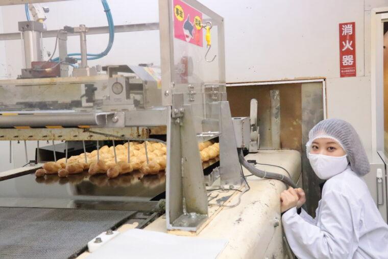 以前レポートしたシュークリーム工場見学の記事は写真をクリック!