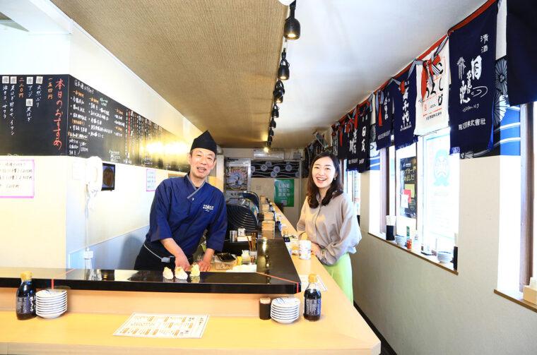 左は別館 立ち食い 弁慶の五十嵐店長