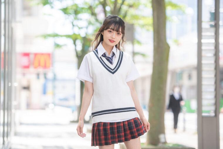 中井りか(なかいりか)。富山県出身の1期生。NGT48メジャーデビューシングル『青春時計』ではセンターを務めた経験もある。アパレルブランド立ち上げやユニットプロデュースに挑戦するなど、プロデュース能力の高さを発揮している