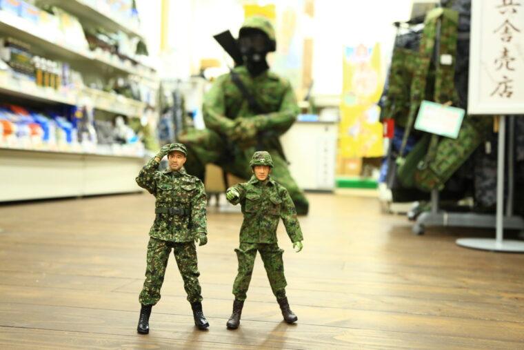 「西田」さん(奥)に加え、「小暮」さん(左)、「小川」さん(右)も待ってまーす!
