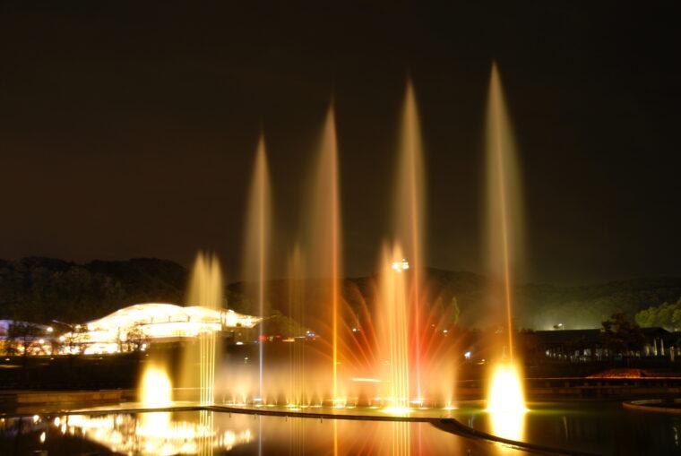 ライトアップ音楽噴水