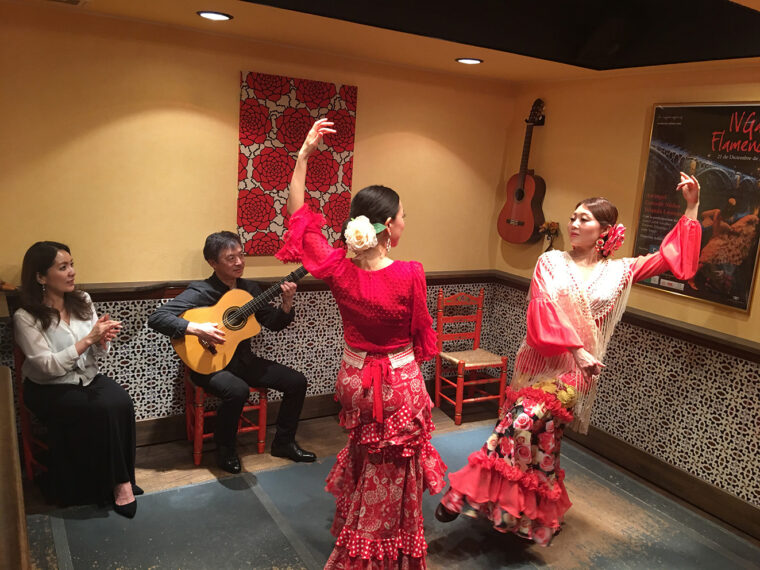 フラメンコ舞踊教室の生徒さんが踊ります
