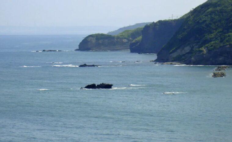ラストシーンで登場する柏崎市の海岸から見える日本海。金城武さんと富司純子さんを包む大海原が印象的でした