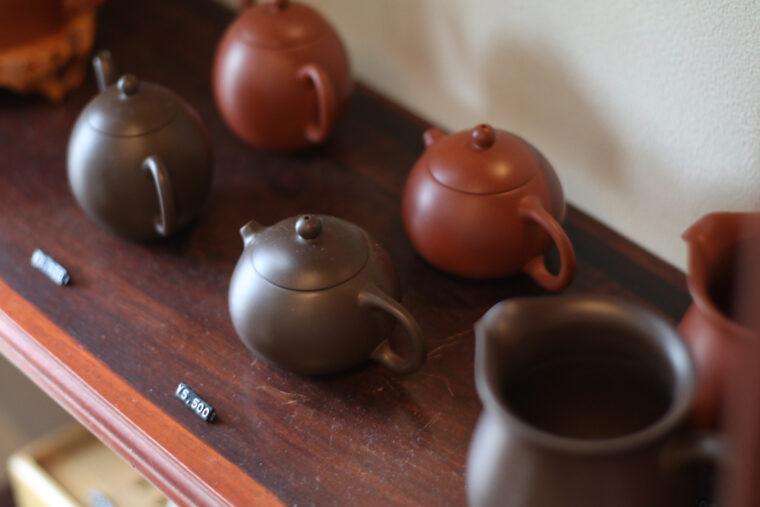 渋めの茶器もあります