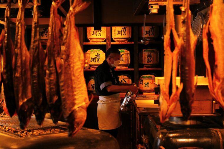塩引き鮭や日本酒など、新潟らしさに溢れています