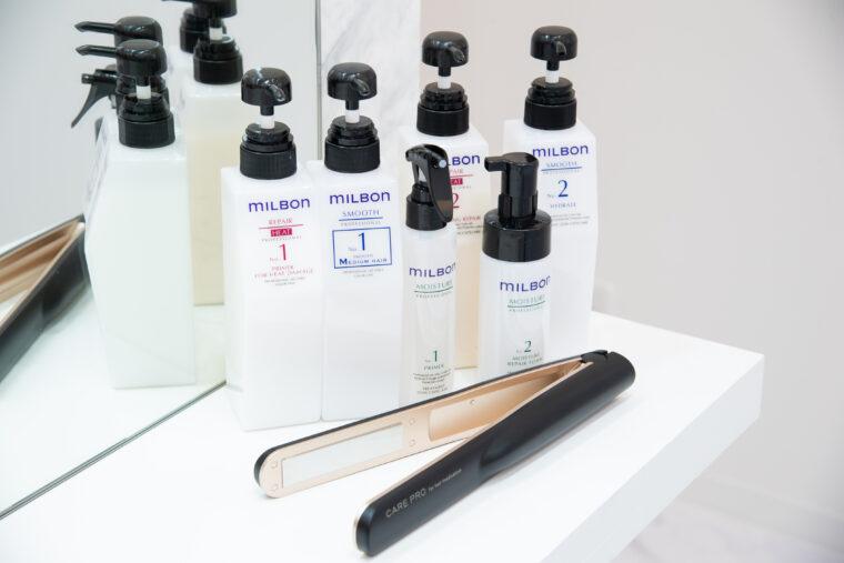 美容室メロウでは、全てのトリートメントメニューに超音波アイロン「CARE PRO(ケアプロ)」を導入